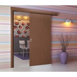Jednokrídlový posuvný systém so zárubňou k dverám zo série QUATRO